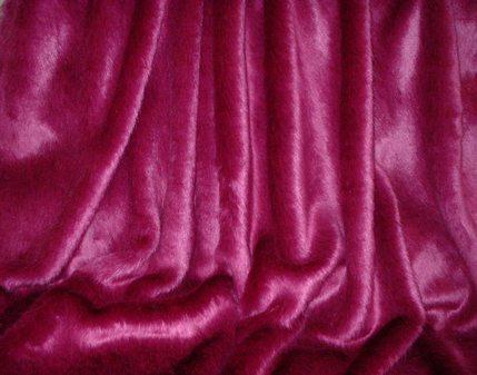 Hot Pink Mink Faux Fur per meter