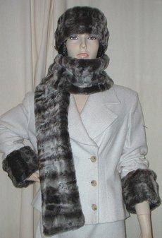 Vintage Silver Astra Faux Fur Scarf