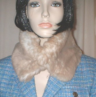 SALE Tissavel Cream Caramel Faux Fur Collar