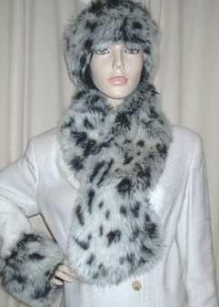 Winter Leopard Faux Fur Pull Through Scarf
