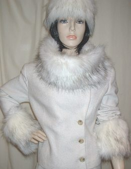 Alaska Faux Fur Long Collar
