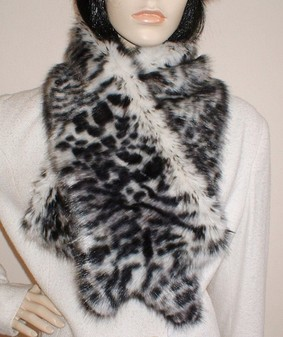 Panther Faux Fur Asymmetric Scarf