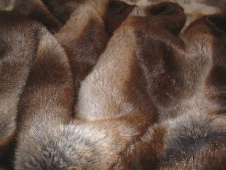 Tissavel Italian Wolf faux Fur