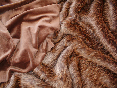 Mocha Cuddle Soft Velboa Swatch