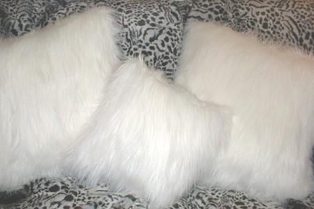 Polar Bear Faux Fur Cushion 16 x 16 inch. 41 x 41 cm