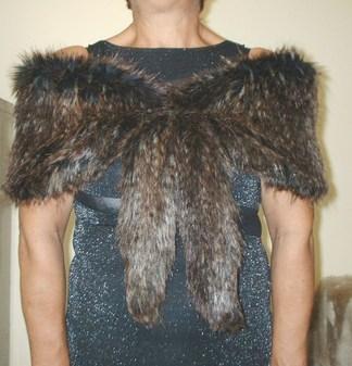Kodiac Bear Faux Fur Vintage Foxy Wrap