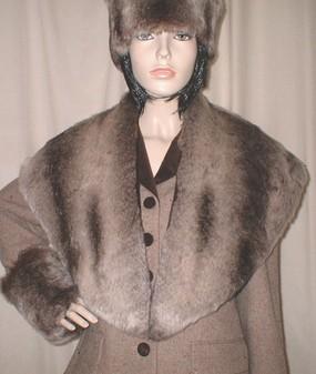Tear Drop Chinchilla Faux Fur Shawl Collar