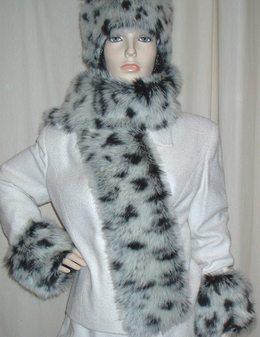 Winter Leopard Faux Fur Scarf