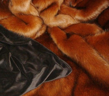 Amber Faux Fur Throw