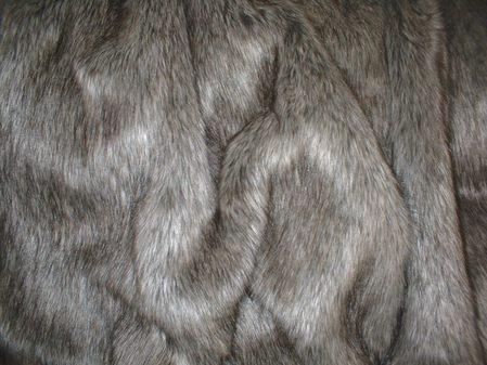Timber Wolf Faux Fur per meter