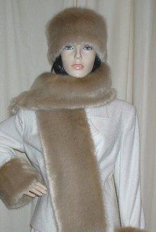 Honey Blonde Faux Fur Scarf
