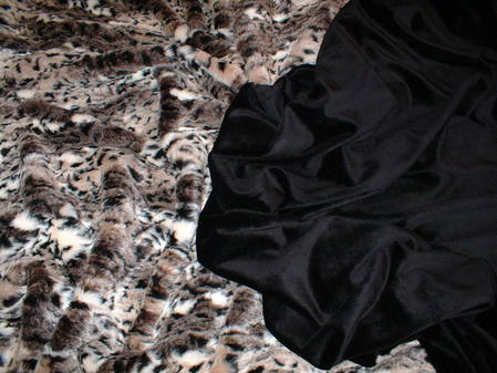 Black Cuddle Soft Velboa Swatch