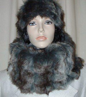 Wolverine Faux Fur Cowl/Neck Warmer