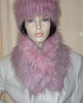 Pretty in Pink Faux Fur Long Collar