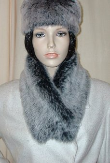 Arctic Wolf Faux Fur Long Collar