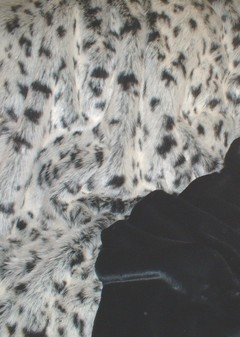 Tissavel Winter Leopard Faux Fur Throw