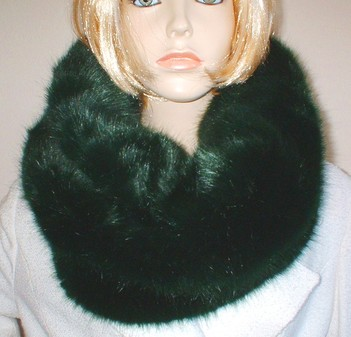 Hunter Green Faux Fur Cowl