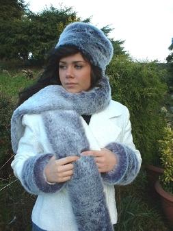 Arctic Wolf Faux Fur Scarf